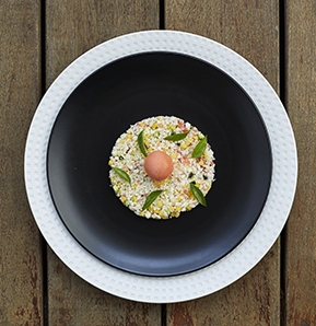 Photography recipe Tabbouleh with cauliflower, green mango, citrus caviare and Huahine melon sorbet