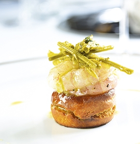 Photography recipe Raw Scampi On Brioche Bread And Pickled Wild Asparagus