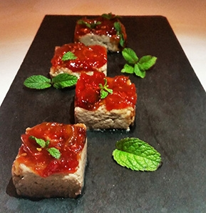 Photography recipe Quail pâté with tomato jam