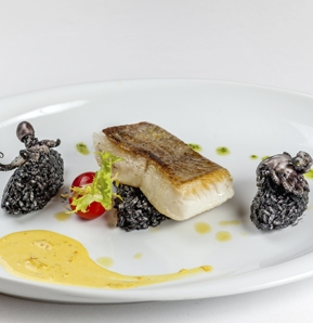 Photography recipe Halibut With Black Risotto And Seafood