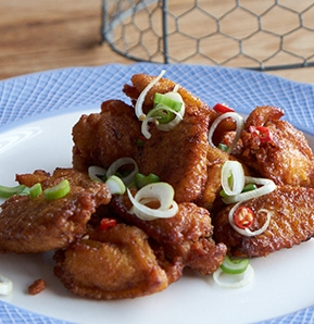 Photography recipe FRIED CHICKEN WINGS WITH ASIAN SPICY JUICE